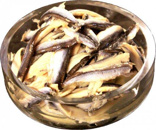 Fresh Anchovies with Garlic: 150g